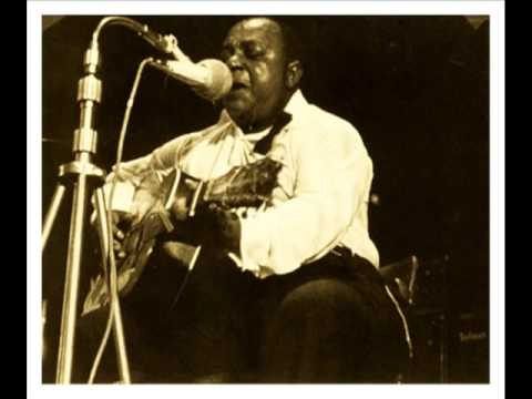 Baby, Please Don't Go (1935) (Song) by Big Joe Williams