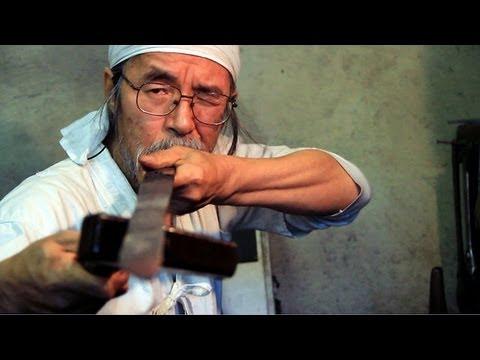 Tradiční kovář Korehira Watan