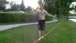 preview picture of video 'Rookie Slacklining @ Dechsendorfer Weiher'