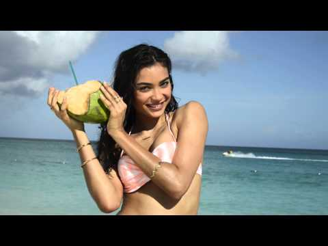 Victoria's Secret Commercial for Victoria's Secret Swim (2014) (Television Commercial)