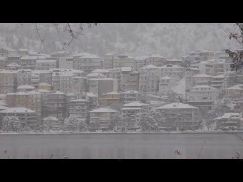 Καστοριά: Καταγράφηκε η χαμηλότερη θερμοκρασία της ημέρας – Πάγωσε η λίμνη