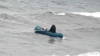 Перевернулся в море