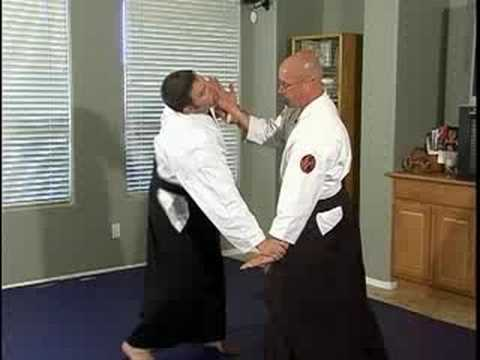 Aikido Basic Techniques : Ryote Tori Tenchinage