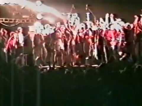 Sator - Ring ring at Dalarock 1993 (crowd storming the stage)