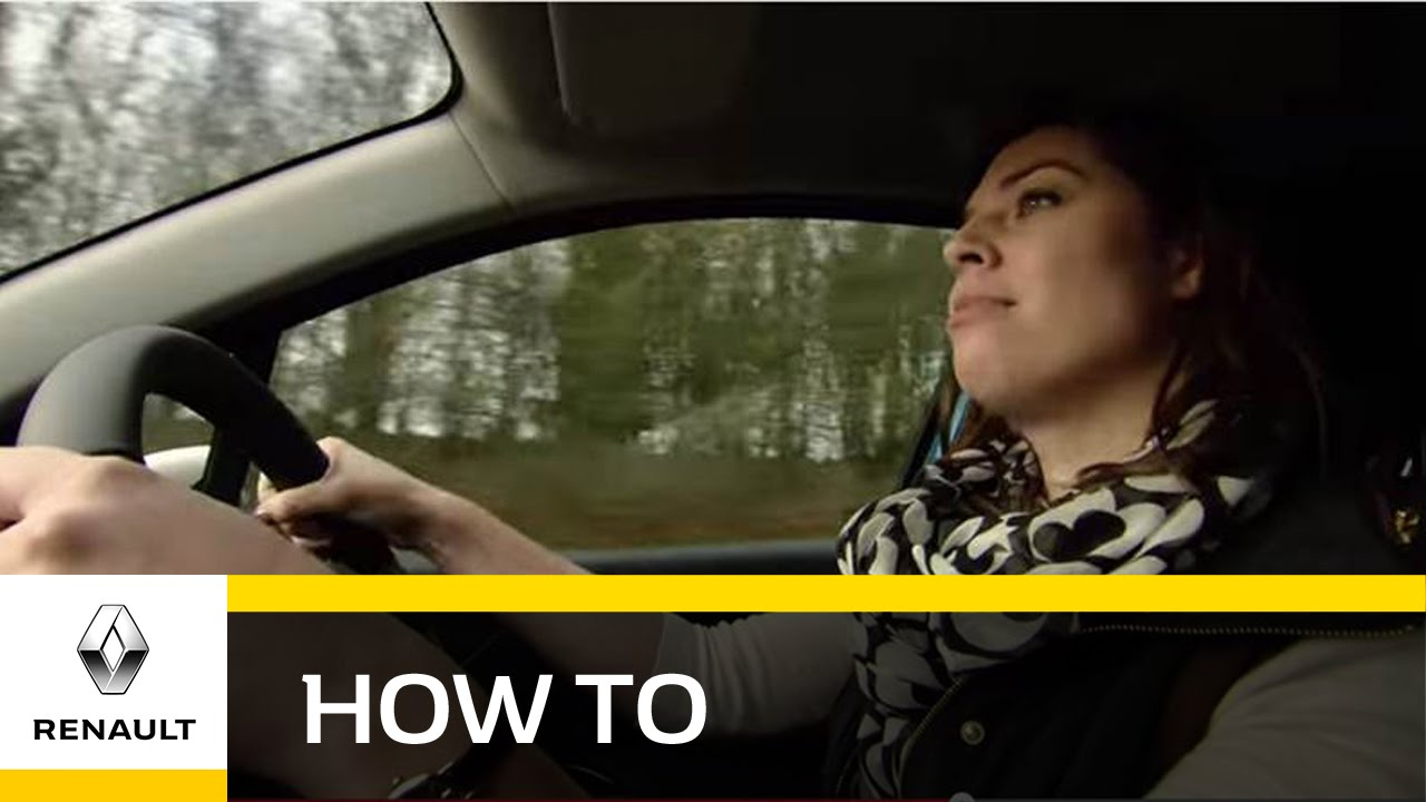 How do I reduce my fuel consumption with the eco friendly Renault Captur?