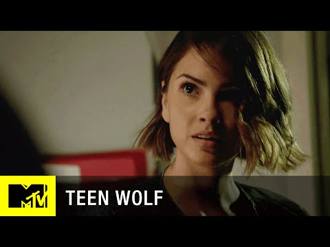 Teen Wolf 5.13 (Clip 'Malia vs. Theo')