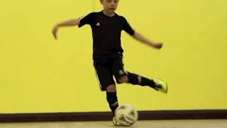 Learn Ronaldo Turn - Kids soccer football skills