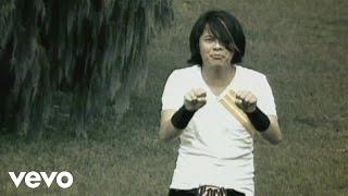 Lirik dan Kunci (Chord) Gitar '11 Januri' - Gigi 'Akulah Penjagamu, Akulah Pelindungmu'