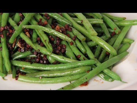 Pancetta and Balsamic Green Beans – Recipe by Laura Vitale – Laura in the Kitchen Ep 273