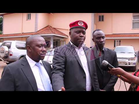 Chameleone-URA battles: Artiste fails to show up at the anti-corruption court