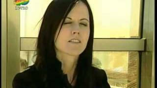 Dolores O'Riordan   Accept Things