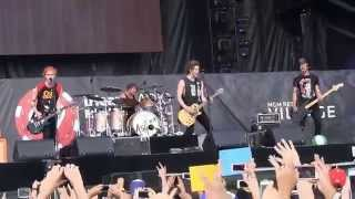 """5 Seconds of Summer- """"Good Girls"""" (720p) Live @ the IHeartRadio Festival Villiage '14"""