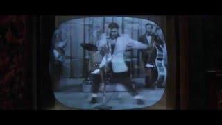 Mr. Gump have some fun with Elvis | Channel 1TV Multimediamarketing - da ist Musike drinne