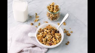 LIVE IT: In the kitchen - Nut & Seed Granola