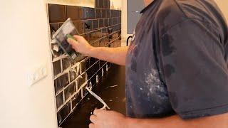 Fliesen verfugen ganz einfach und schnell verfugen alle Tipps und Tricks DIY Fliesenspiegel Küche