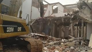 Jasa Bongkar Gedung PT Cavin Citra Abadi