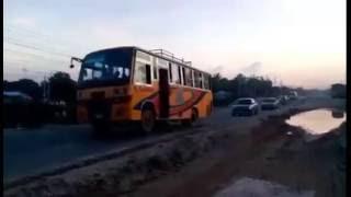 ঢাকা-ময়মনসিংহ চারলেন রাস্তার কাজ।