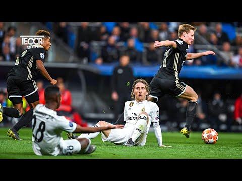 Frenkie de Jong Reminds of Johan Cruyff…