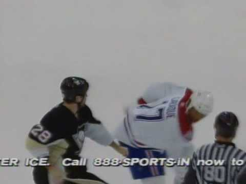 Eric Godard vs. Georges Laraque