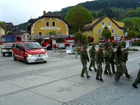 Florianisonntag Aufmarsch Feuerwehr Trieben