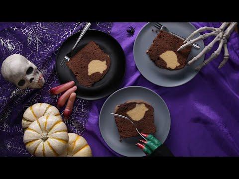 Peek-A-Boo Pound Cake