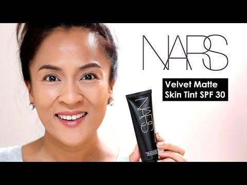 Velvet Matte Skin Tint Broad Spectrum SPF 30 by NARS #8