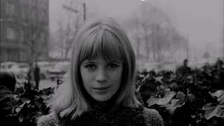 Summer Nights  MARIANNE FAITHFULL (with lyrics|)