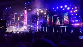 MONATIK Feat Alyona Alyona   Красиво LIVE 2019.06.01 Олимпийский