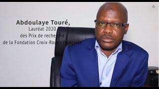 Portrait d'Abdoulaye Toure, lauréat 2020 des Prix de recherche de la Fondation Croix-Rouge