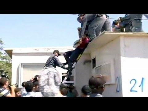 Unos 300 colonos judíos evacuados de Migrón