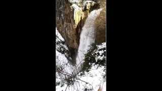 preview picture of video 'Jezzine waterfall'