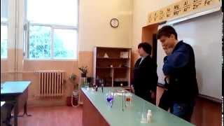 Демонстрация по химия в 54. СУ
