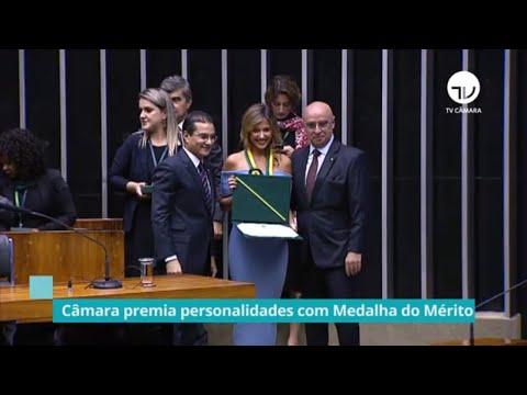 Câmara premia personalidades com Medalha do Mérito Legislativo - 20/11/19