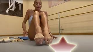 Анастасия Волочкова снимает пуанты. Ноги балерины вблизи