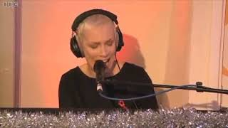 Annie Lennox - A Whiter Shade Of Pale (Live on Simon Mayo Drivetime)