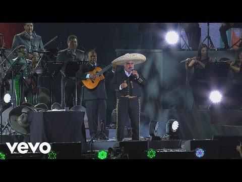 """Vicente Fernández Interpreta Con Mariachi """"México Lindo y Querido"""""""