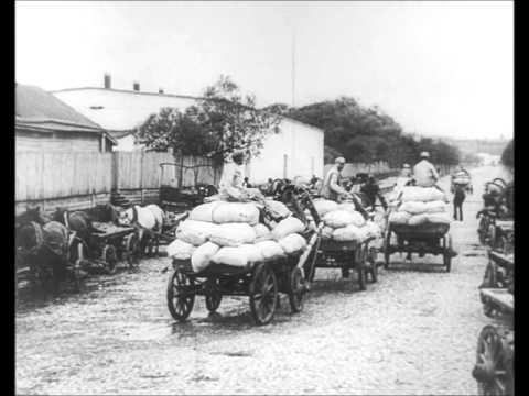 Kinoglaz (1924) - bread sequence