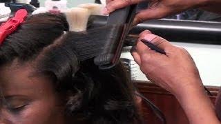 Loose Curls For Medium-Length Hair : Curly Hair Tutorials