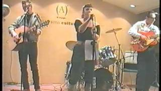 KATTY&THE CATBONES--En El Corte Ingles De Zaragoza 21 4 2000