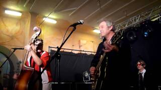 The Hot Chickens - Lonesome Train - Tribute to Johnny Burnette-