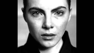 Julia Marcell - Twelve