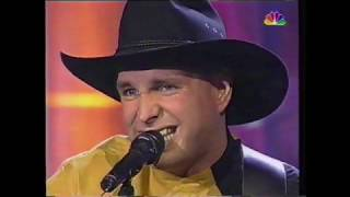 Ain't going down ('Til the sun comes up) – Garth Brooks – live 1993