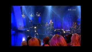 Daniel O'Donnell sings Christmas 1915, on the Late, Late Show Dec.10, 2010