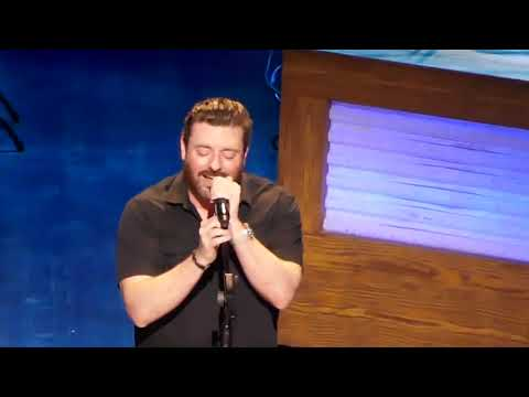Chris Young at the Opry 'Drowning'
