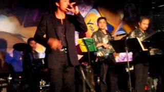 Moonflower band w/ Tommy Ngo