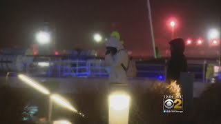 Rain Doesn't Stop Partygoers Celebrating New Year's At Navy Pier .