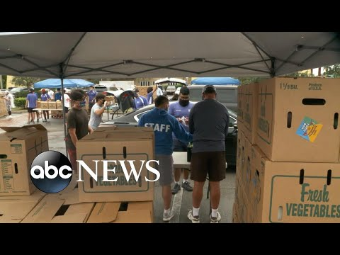 Millions of Americans line up at food banks before Thanksgiving