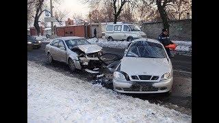 ВИДЕО АВАРИЙ ДТП АВТОМОБИЛЕЙ И МОТО СНЯТЫХ НА ВИДЕОРЕГИСТРАТОР Car Crash Channel №10