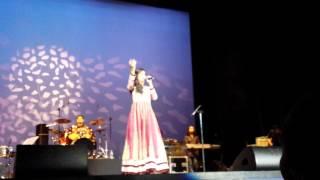 Shreya Ghoshal - Lag Ja Gale, A tribute to Lata Mangeshkar Live in Holland 2014