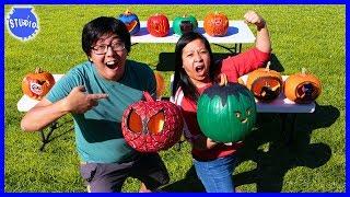 Halloween Pumpkin Carving Contest Challenge ! Marvel Vs DC Superheroes!